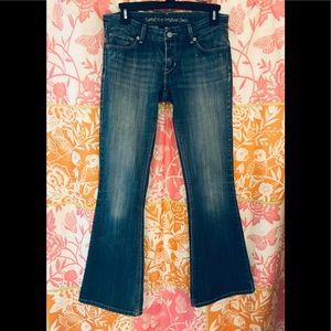 Levi's 423 Bell Jeans